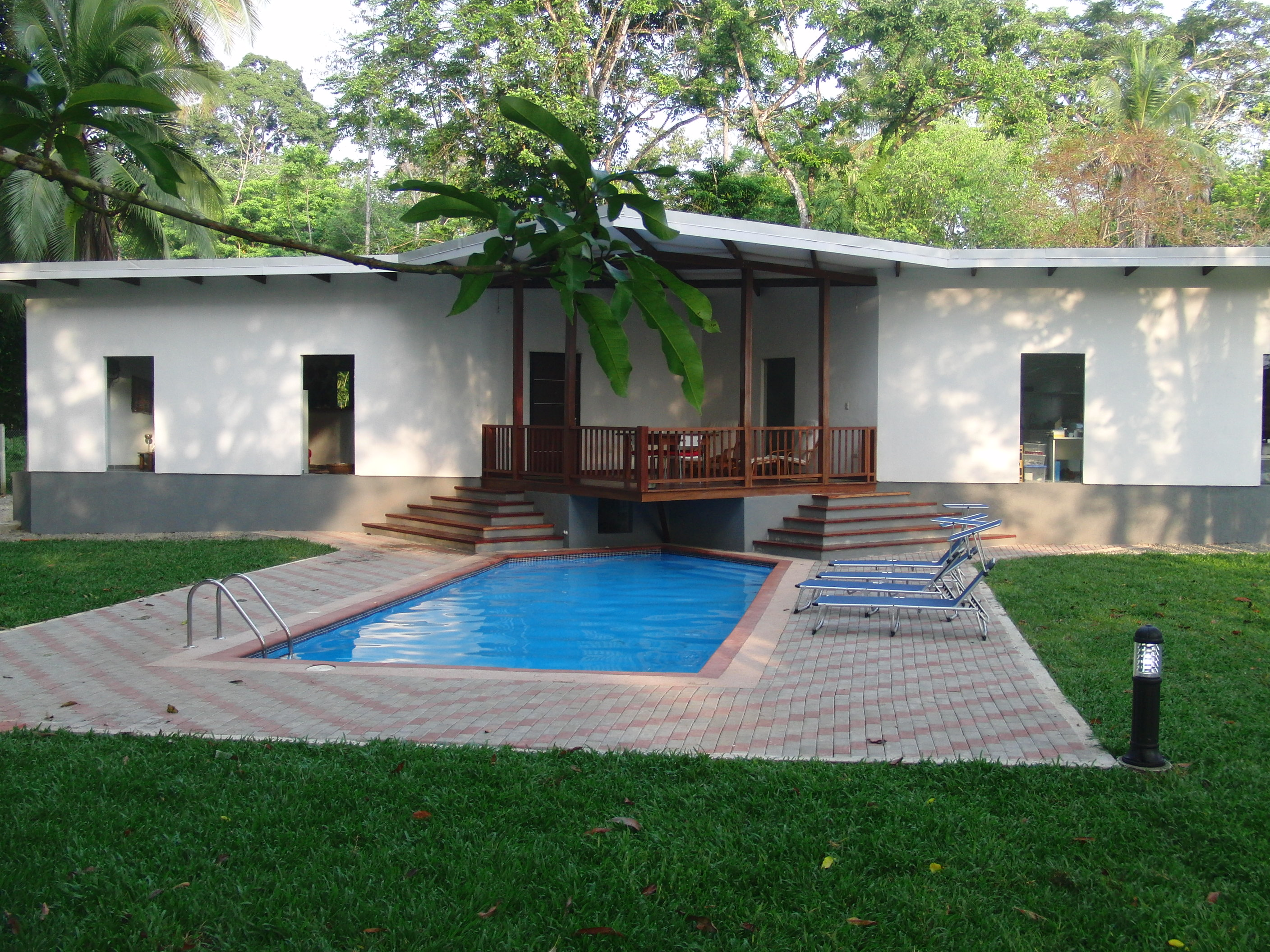 Newly Built Pool House in Cahuita!
